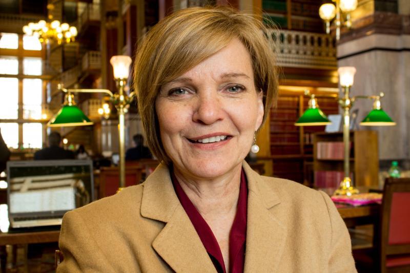 Senator Liz Mathis (D) Cedar Rapids