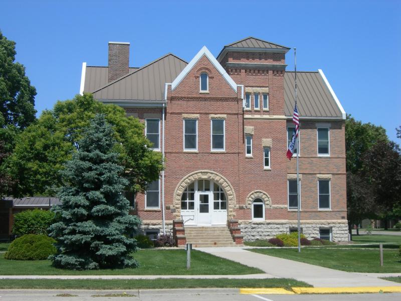 Pictured above is the Worth County Courthouse in Northwood, Iowa.  Yesterday, about 300 people where evacuated from Northwood after a fire broke out at the city's municipal airport.