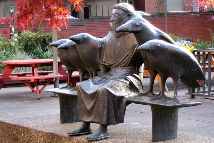 Statue of St. Francis at Linfield School of Nursing in Portland, Oregon
