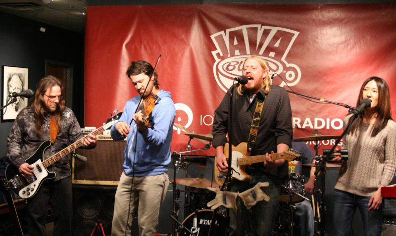 Tune in for a full hour of Davenport's Jason Carl and the Whole Damn Band.