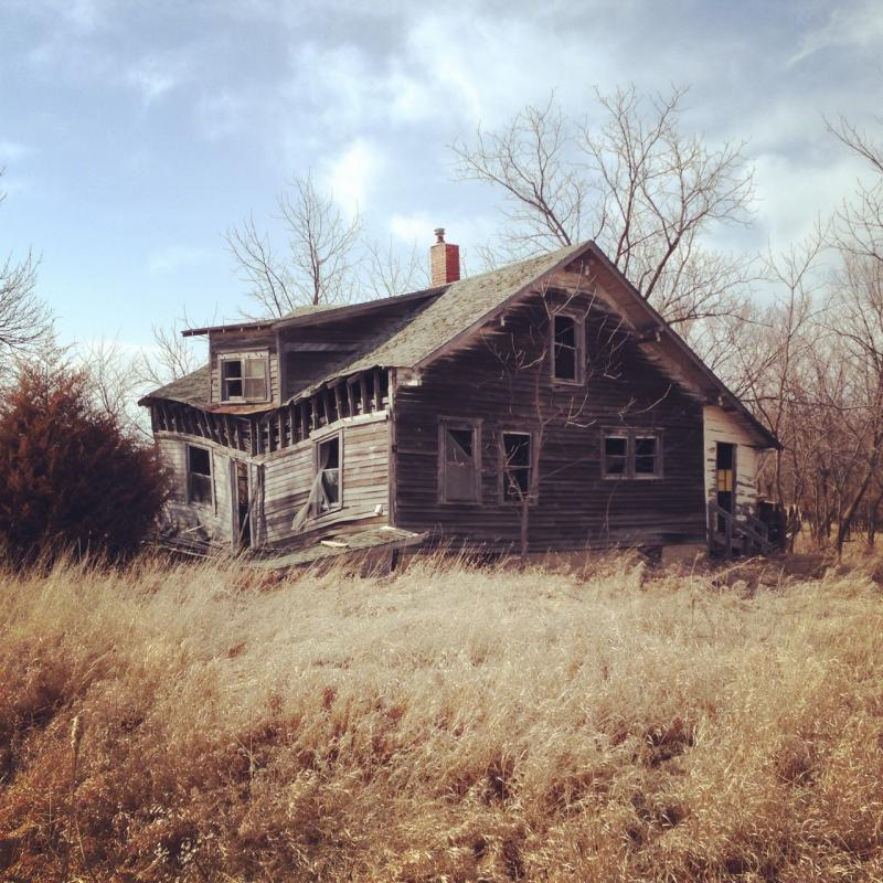 An abandoned farm house in rural Iowa.
