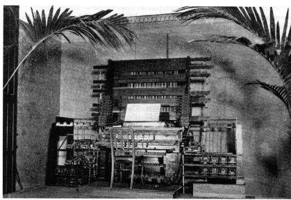 a telharmonium constructed by Iowan Thaddeus Cahill