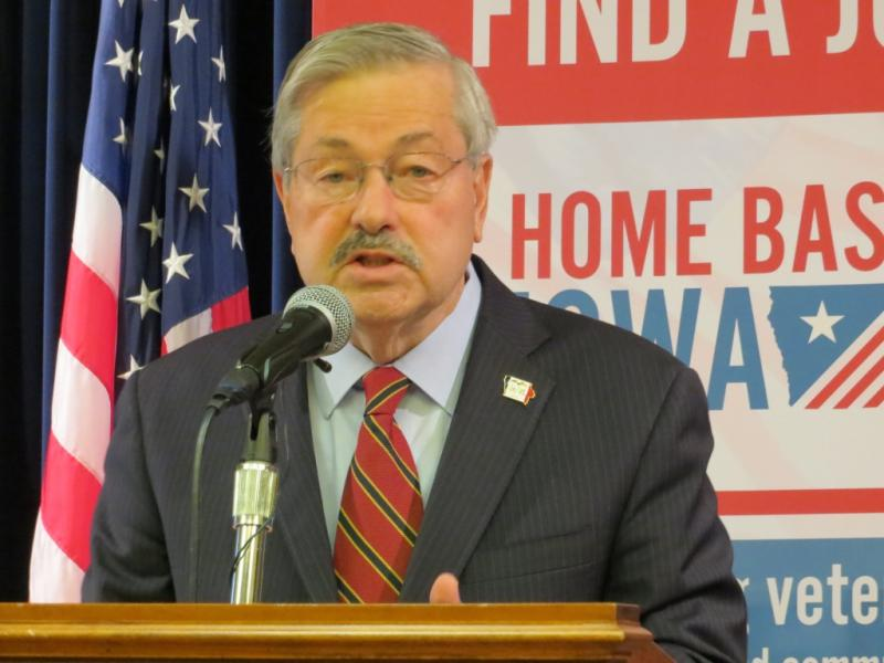 Governor Terry Branstad at his weekly news conference, October 27, 2014.