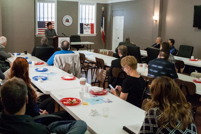 Crystal Bruntz, the Republican running for the open Senate District 15 seat, talked to the crowd of the Des Moines Conservative Breakfast Club.
