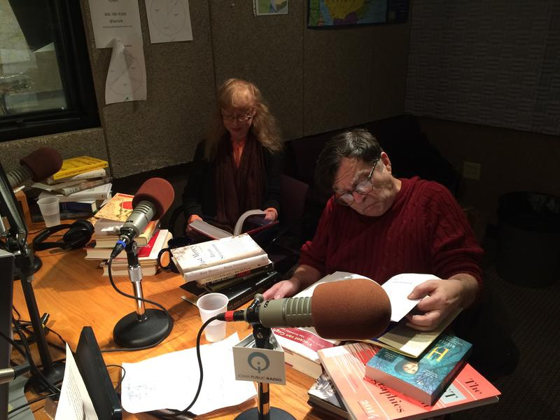 Jan and Paul do some last minute cramming before the show.