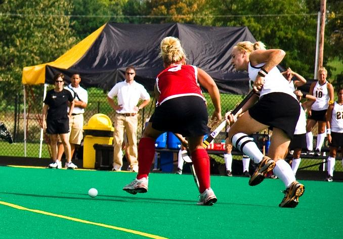 Photo of Tracey Griesbaum and players during an Iowa vs Indiana field hockey game in 2007