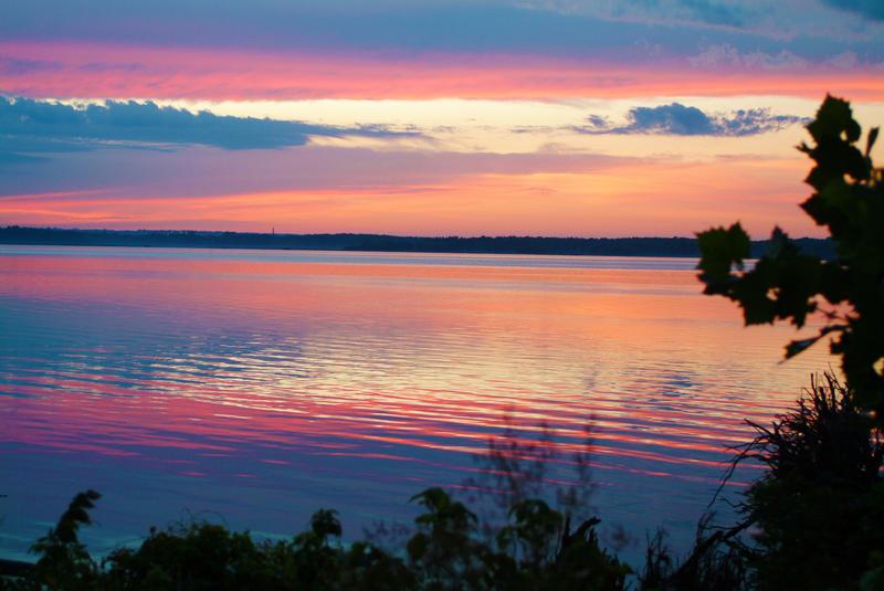 Iowa Sunrise along the Mississippi River