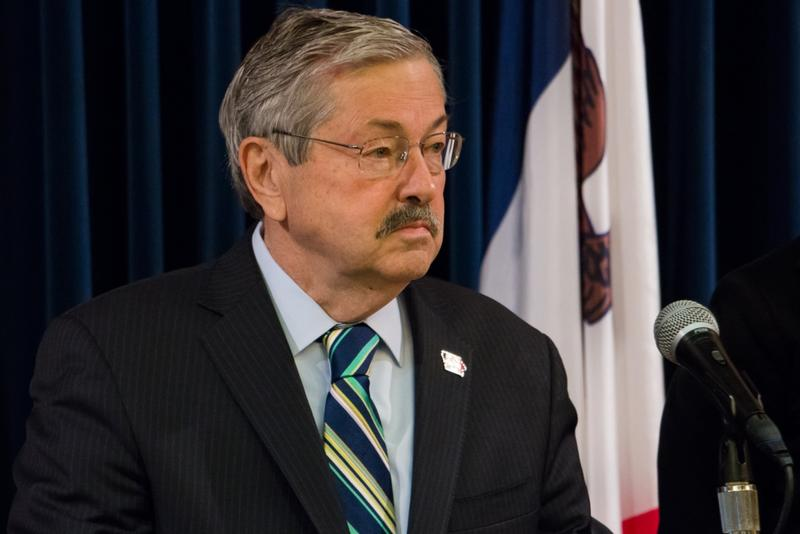 Governor Terry Branstad at a weekly news conference.