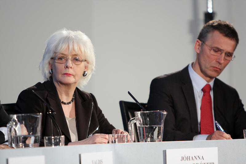 Former Prime Ministers of Iceland and Norway, Jóhanna Sigurðardóttir (left) and Jens Stoltenberg at the UK Nordic Baltic Summit, 01/20/2011.