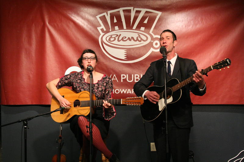 Download this Java Blend podcast for an exclusive live hour with Wisconsin-based folk duo The Yellow-Bellied Sapsuckers.