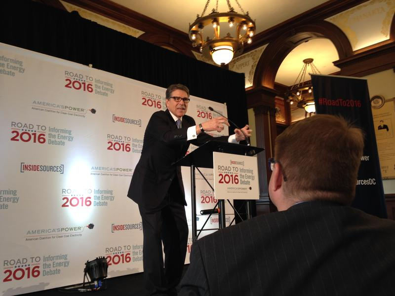 "Former Texas Gov. Rick Perry discusses U.S. energy policy at ""The Road to 2016: Informing the Energy Debate""  in Des Moines, 04/09/2015."
