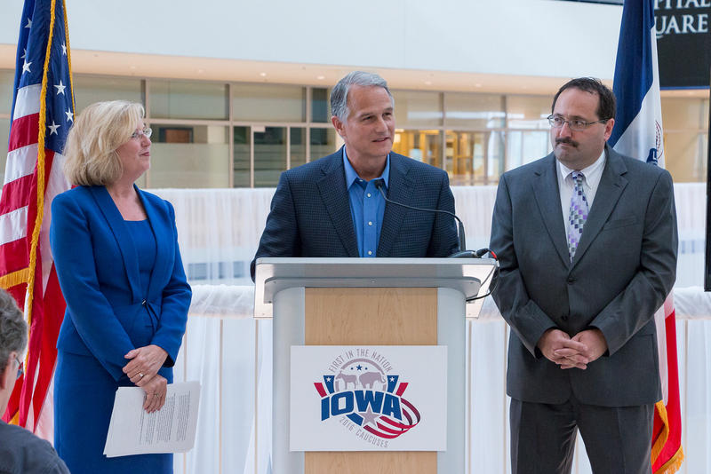 Iowa Democratic Party Chair Andy McGuire, Microsoft Corporate Vice President of Technology and Civic Engagement Dan'l Lewin and Iowa Republican Party Chairman Jeff Kaufmann announce new technology for the 2016 Iowa Caucuses.