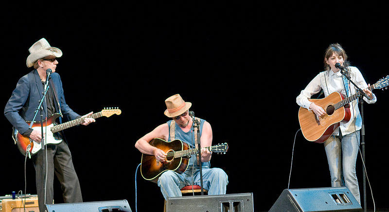 Bo Ramsey, Greg Brown, and Pieta Brown performing in Dubuque Iowa, May 30, 2008 at the Five Flags Opera House.