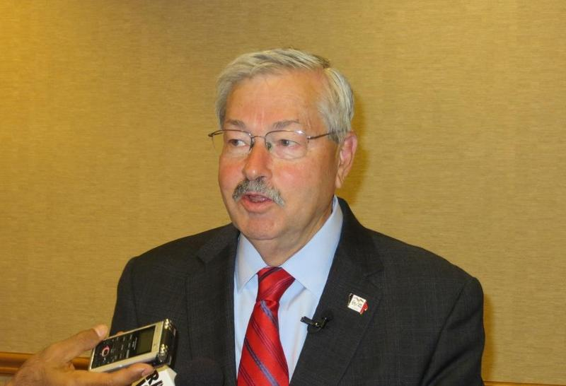 Governor Branstad at downtown Des Moines news conference