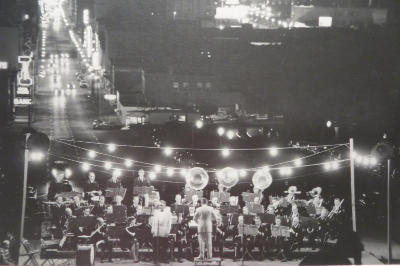 Concerts used to start at 8 p.m. (date unknown)
