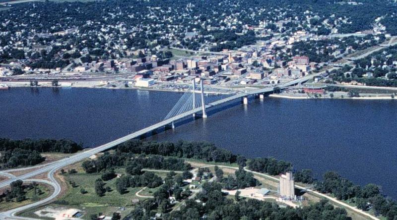 Great River Bridge in Burlington, IA in 1997.