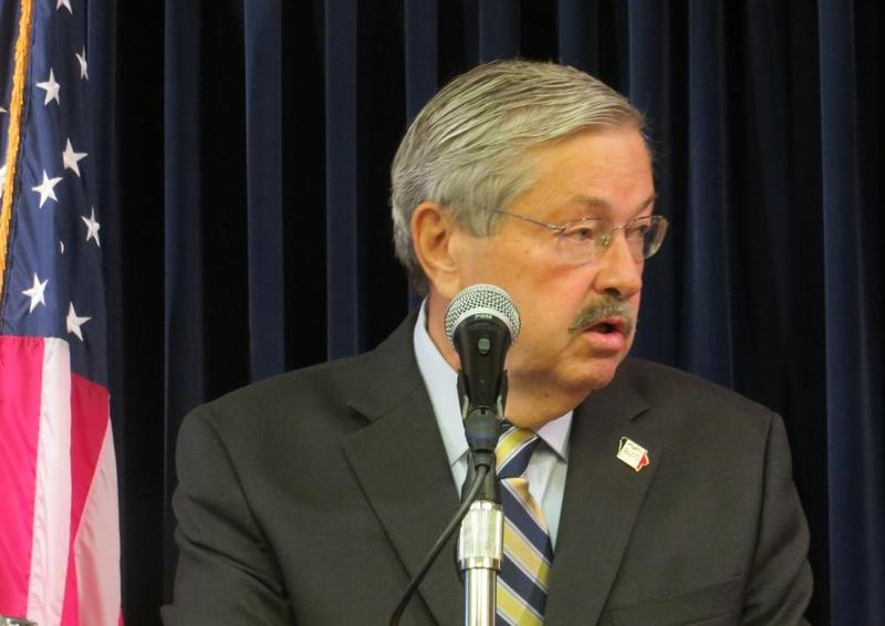 Iowa Governor Terry Branstad at weekly statehouse news conference.