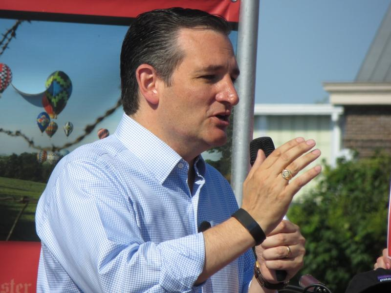 Texas Senator Ted Cruz on the Des Moines Register soapbox at the Iowa State Fair