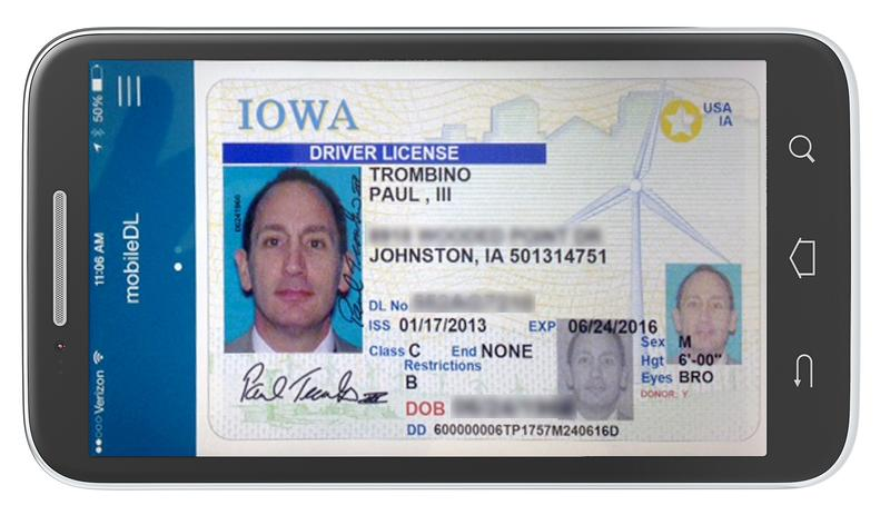 Image of mobile driver's license featuring Iowa DOT Director Paul Trombino.
