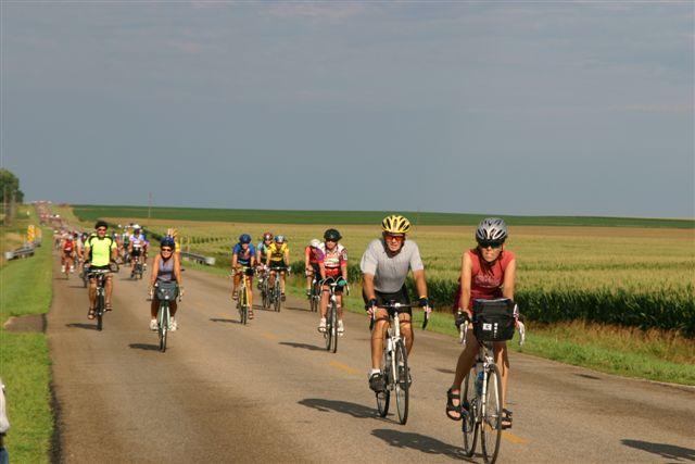 Bicyclists during the 2005 RAGBRAI.