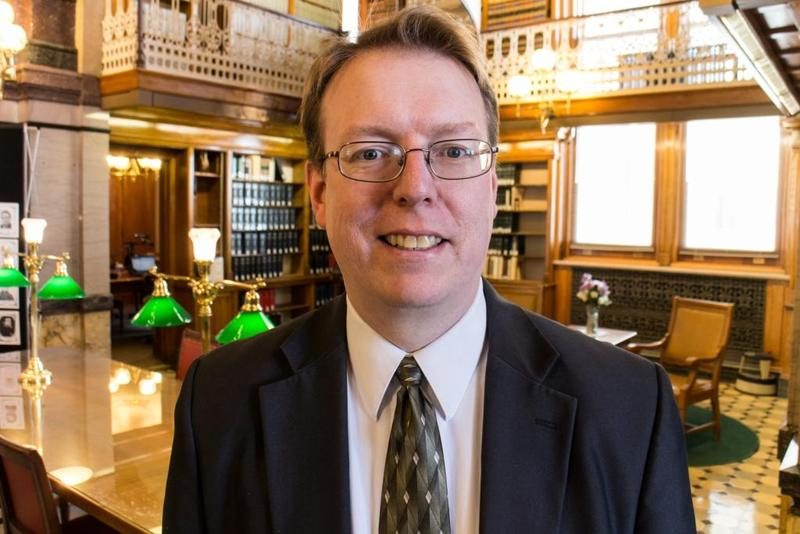 State Sen. Rob Hogg of Cedar Rapids in the Iowa State Capitol law library.