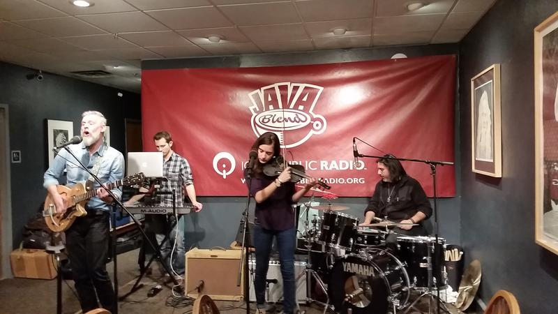 Dickie, live at the Java House in downtown Iowa City