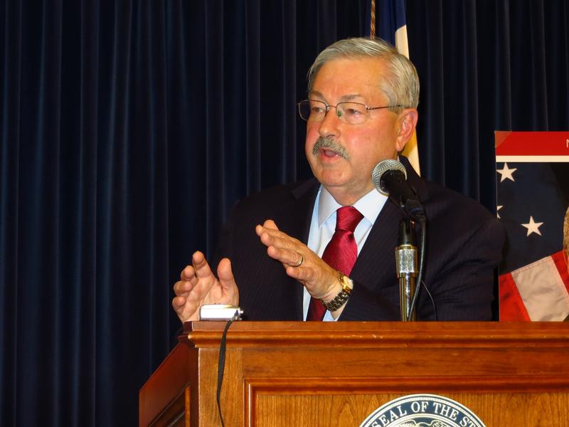 Governor Terry Branstad at his weekly news conference November 12, 2015