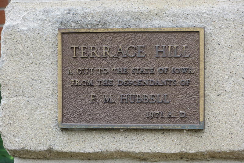 A bronze plate commemorates the Hubbell family's gift to Iowa.