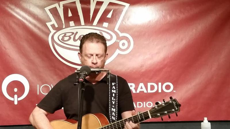 Nathan Bell performs on Java Blend