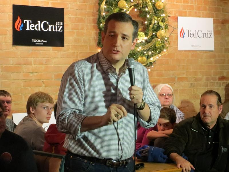 Ted Cruz at the Prime Time Restaurant in Guthrie Center, Iowa