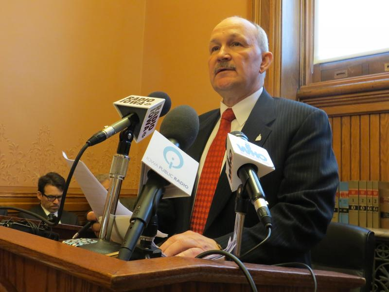 Rep. Bill Dotzler (D-Waterloo)