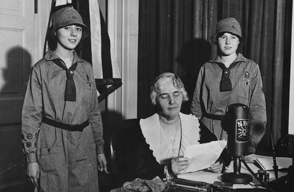 Lou Henry Hoover and Girl Scouts