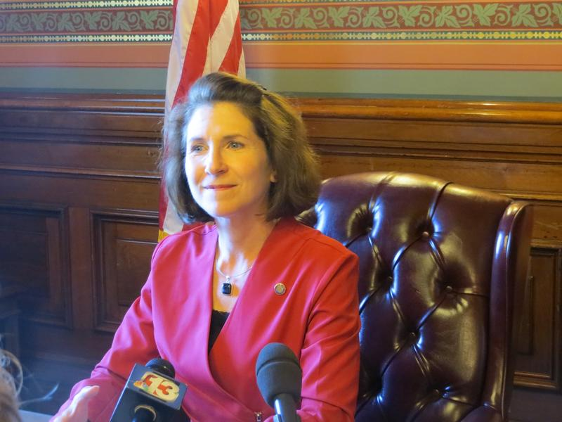 Republican State Auditor Mary Mosiman