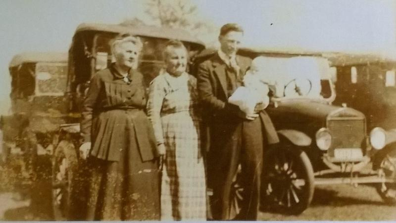 The only known photo (undated) of the original Littleton family. Sister Permelia is seen on the left.