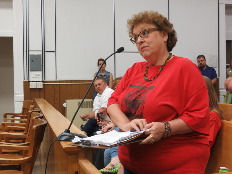 CCI member and Wright County resident addresses the supervisors