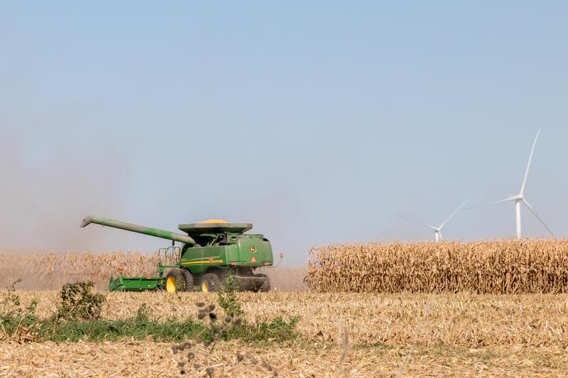 Corn harvest in Delaware County