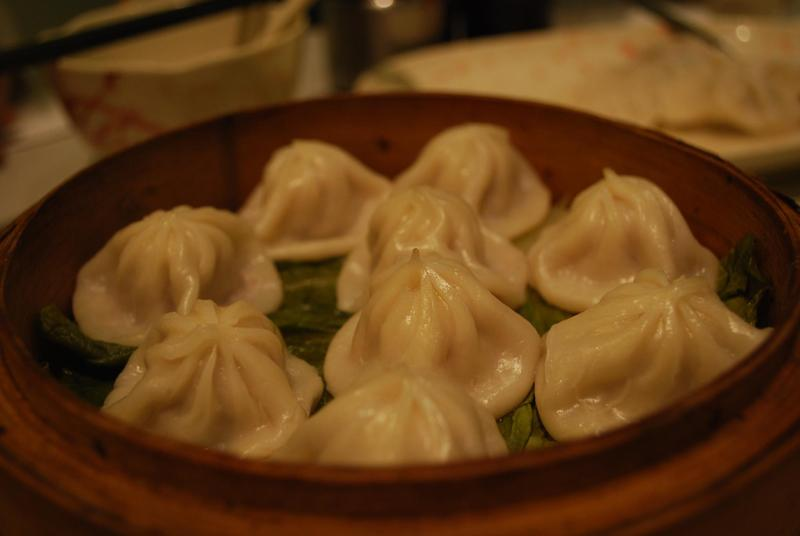 Steamed Shanghai pork mini buns.