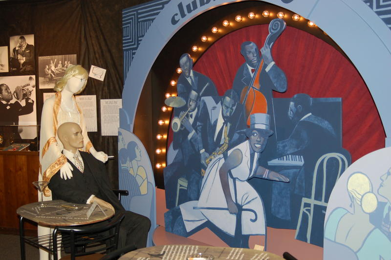 An exhibit modeled after a 1920s speakeasy at the Herbert Hoover Presidential Library and Museum.