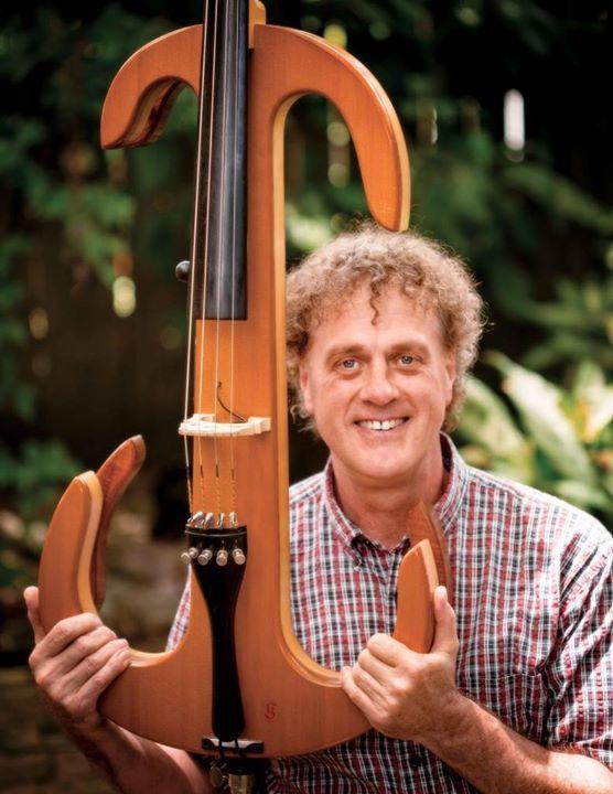 Cellist Craig Hultgren