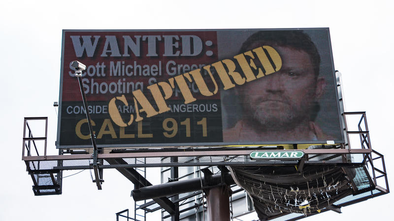 An electronic billboard in Urbandale announces Greene's capture this morning