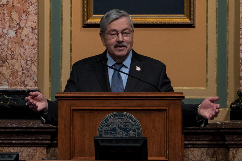 In the Iowa House of Representatives chamber, Governor Terry Branstad delivers his Condition of the State address. 1/10/2017