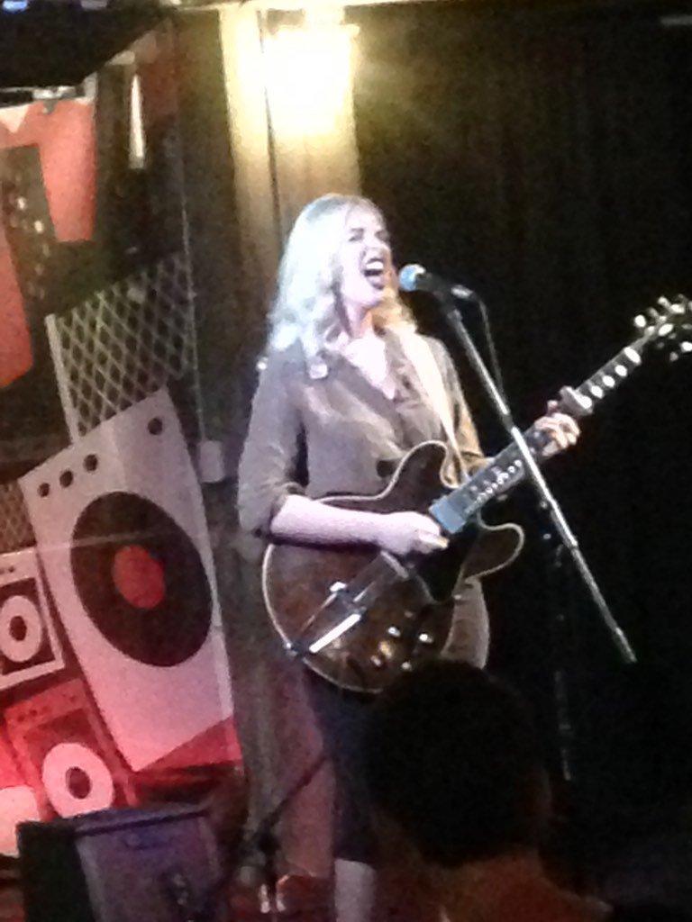Elizabeth Moen Sept. 2016 Des Moines Social Club performance live on Studio One