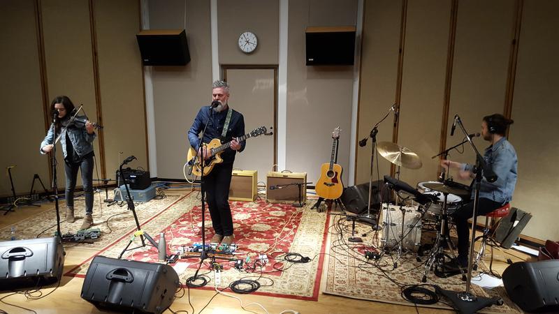 Dickie performing live in IPR's Cedar Falls studios.