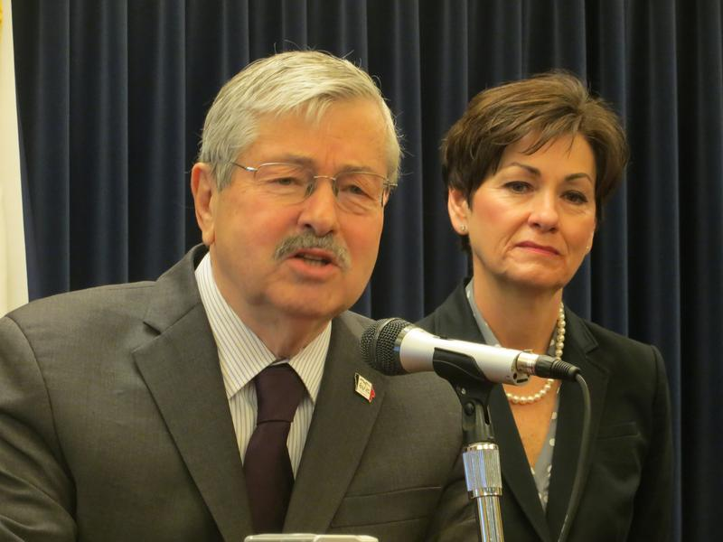 Gov. Branstad and Lt. Gov. Kim Reynolds at weekly news conference