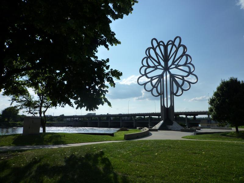 Five Seasons Plaza, Cedar Rapids