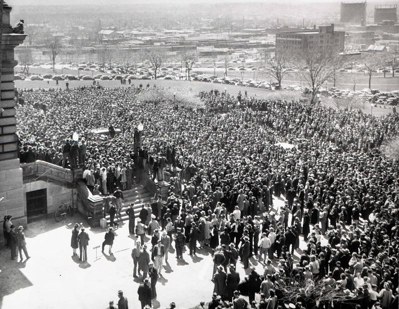 More than 100,000 workers demonstrate at the state capitol for their right to organize.  (April 1947)