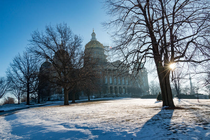 Sunshine and a hopeful tone surround the statehouse on opening day of the Iowa legislative session