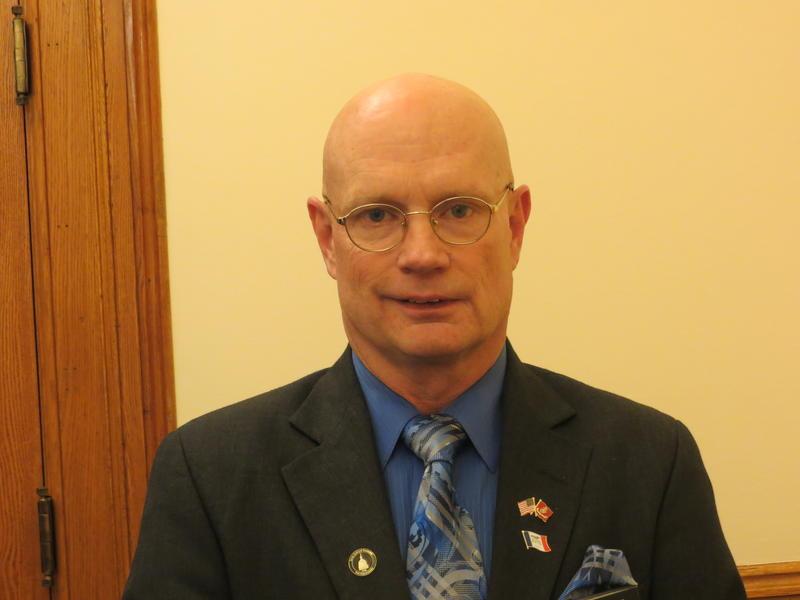 Rep. Steven Holt (R-Denison)
