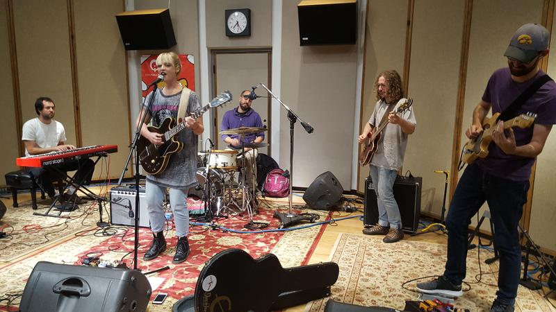 Elizabeth Moen and her band performing live on IPR's Studio One Tracks.