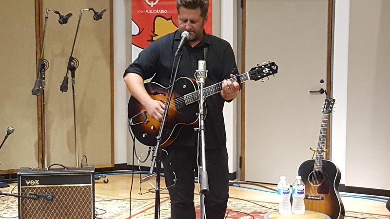 Chad Elliott performing live on IPR's Studio One Tracks.